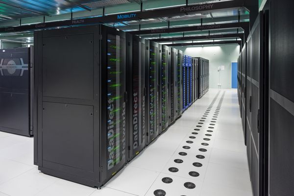 High Performance Computing (HPC) on OpenStack: a few recommendations.